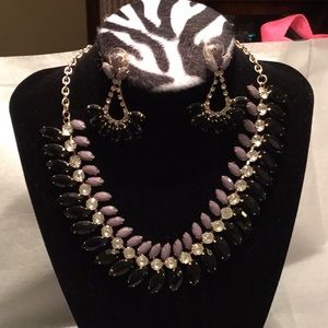 Womens Dressy Necklace and Earrings Set